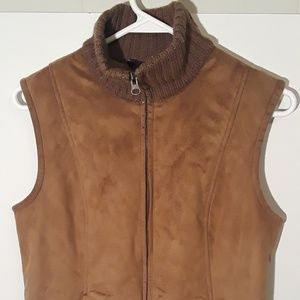 Ann Taylor fur lined turtleneck vest size S